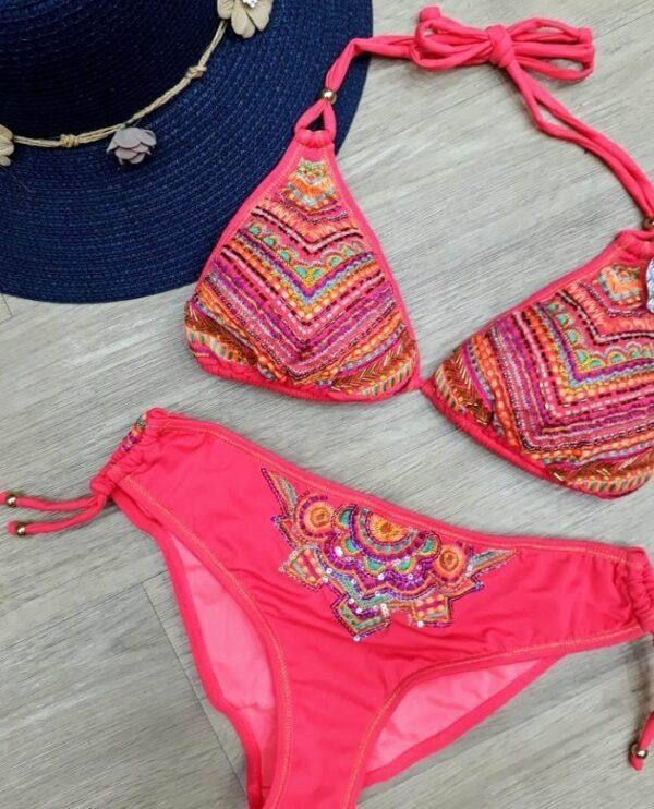 Nahid Bikini